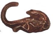 Динозавр-каннибал